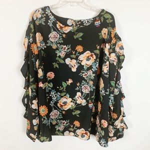 Ava & Viv Long Ruffle Sleeve Black Floral Top